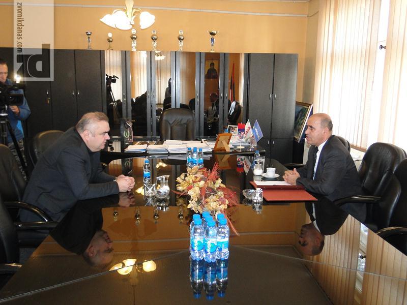 Photo of Zvornik posjetio ambasador Makedonije