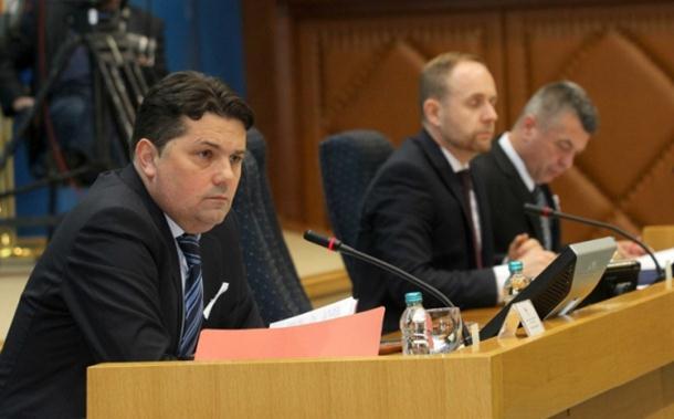 Photo of Usvojeni Zakoni o radu i policiji