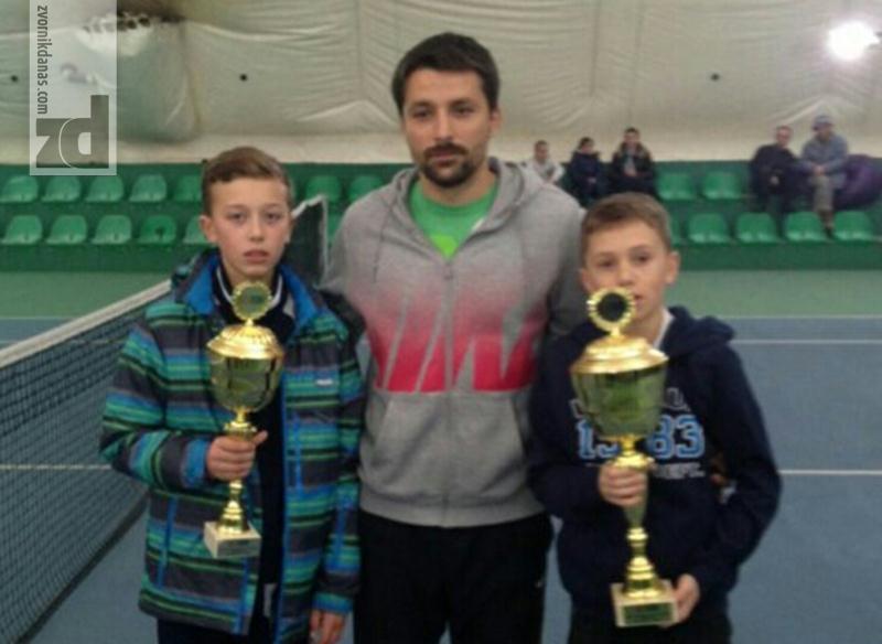 Photo of Veliki uspjeh mladog tenisera iz Zvornika: Nikola Zekić prvak Srbije