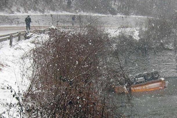 Izvučeno tijelo poginulog vozača