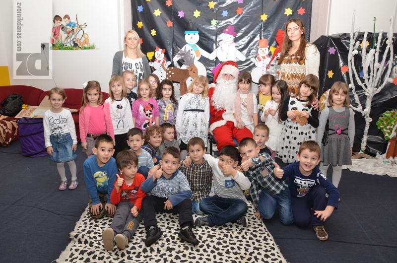 Photo of Djeda Mraz obradovao mališane u Dječijem vrtiću