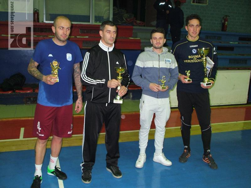 Photo of Finale Božićnog turnira – Zvornik 2016: Pehar i nagrada za Spartu-Sport