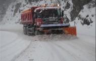 Putevi prohodni, ima leda i snijega
