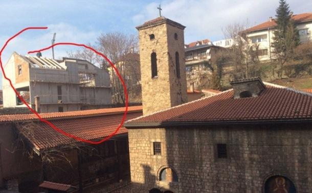 Hotel na Baščaršiji ugrožava Staru crkvu, nacionalni spomenik