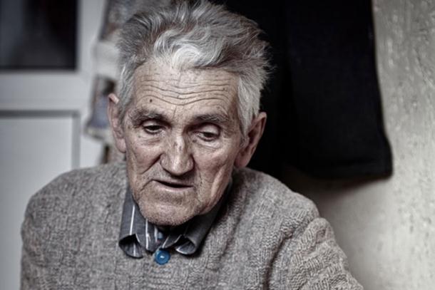 Photo of Bog daje, ljudi koriste, ali jednom se sve vrati: Tužna priča starca otvoriće vam oči