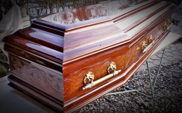 Photo of Mrtvački sanduk eksplodirao na sahrani u Bečeju