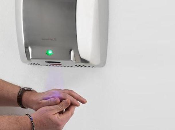 Sušači za ruke u skladu sa enterijerom toaleta: trikovi