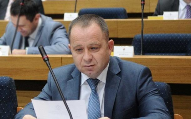 Povelja grada Zlatku Maksimoviću i fondu PIO