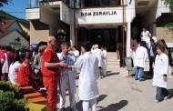 Zvornik: Medicinari štrajkom traže plate