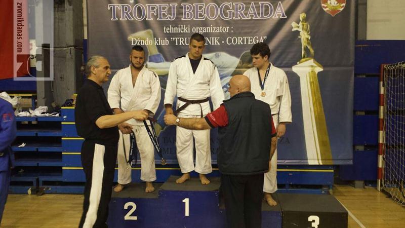 Photo of Dvije zlatne medalje za zvorničkog džudistu u Beogradu
