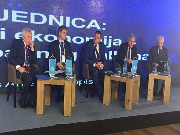 Photo of Dodik: Osim stranih ulagača, u Srpsku dobrodošli i domaći investitori