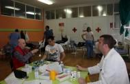 """U SŠC """"Petar Kočić"""" prijavilo se 130 učenika i zaposlenih da daruju krv"""