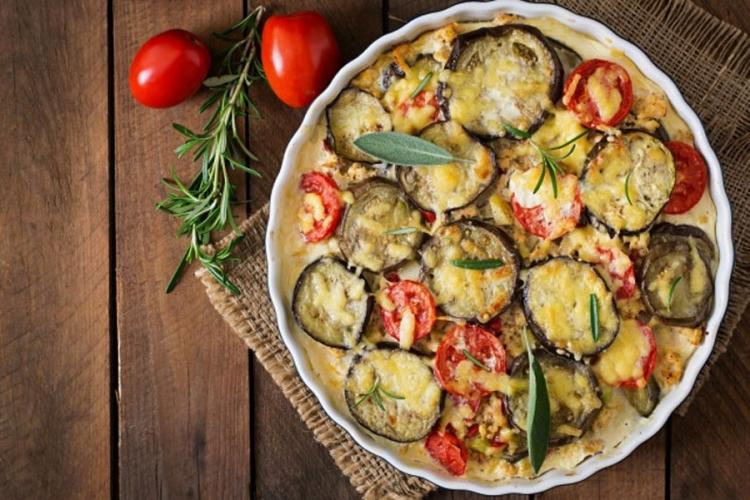 Photo of Recept dana: Sočno povrće sa sirom iz rerne