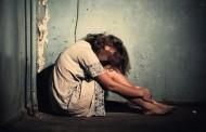 7 godina silovao tinejdžerku, a kada mu je rodila ćerku silovao i nju