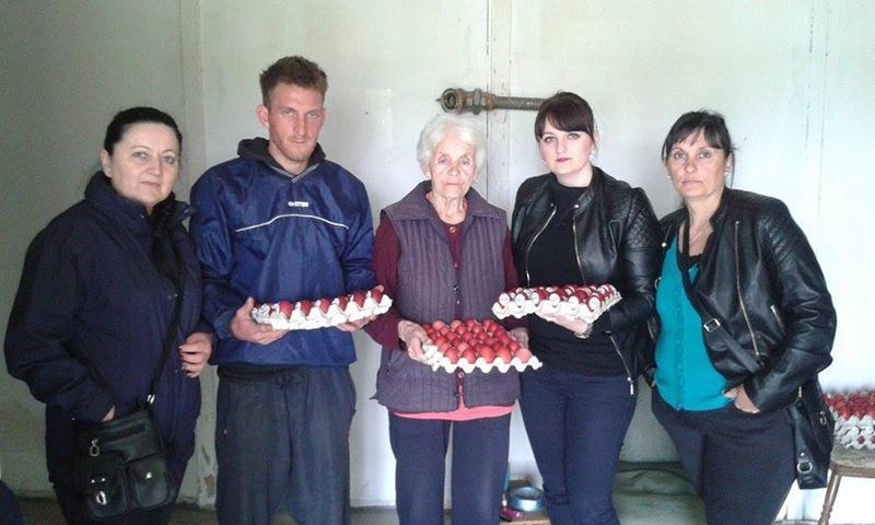 Photo of Aktiv žena Socijalističke partije Zvornik u akciji pomoći