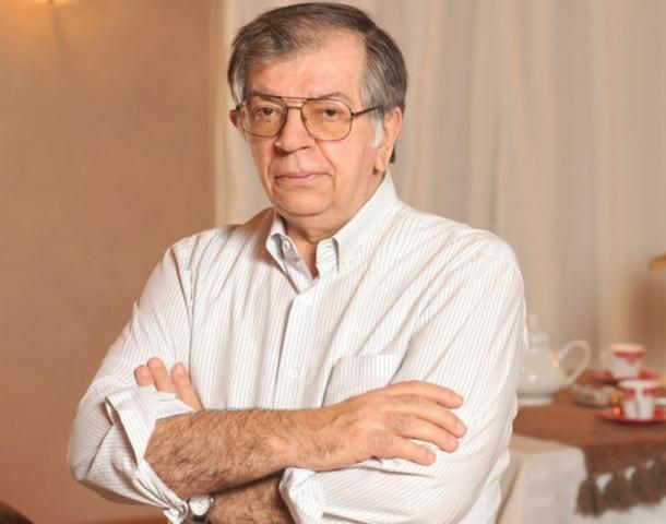 Photo of Kecmanović: Izetbegović radi isto što i njegov otac 1992. godine