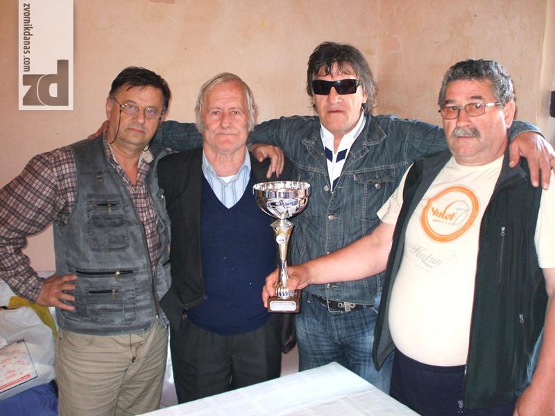 Photo of Pehar ekipi Zvornika: Republičko prvenstvo slijepih i slabovidih lica u šahu