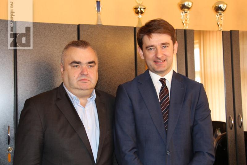 """Photo of Stevanović i Lakić razgovarali o značaju """"Alumine"""" i nužnosti privođenja kraju stečaja u """"Biraču"""""""