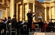 Ruski simfonijski orkestar nastupio u amfiteatru Palmire (video)