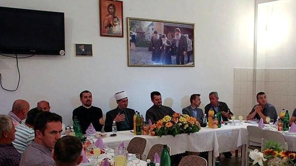 I ovo je BiH: Iftar u mostarskoj pravoslavnoj crkvi