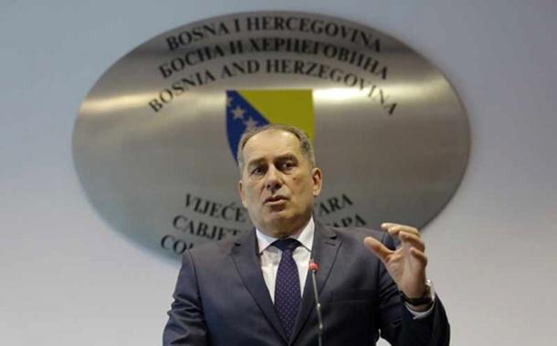 Photo of Dragan Mektić, ministar bezbjednosti BiH: Vehabije se neće moliti bogu na parkinzima