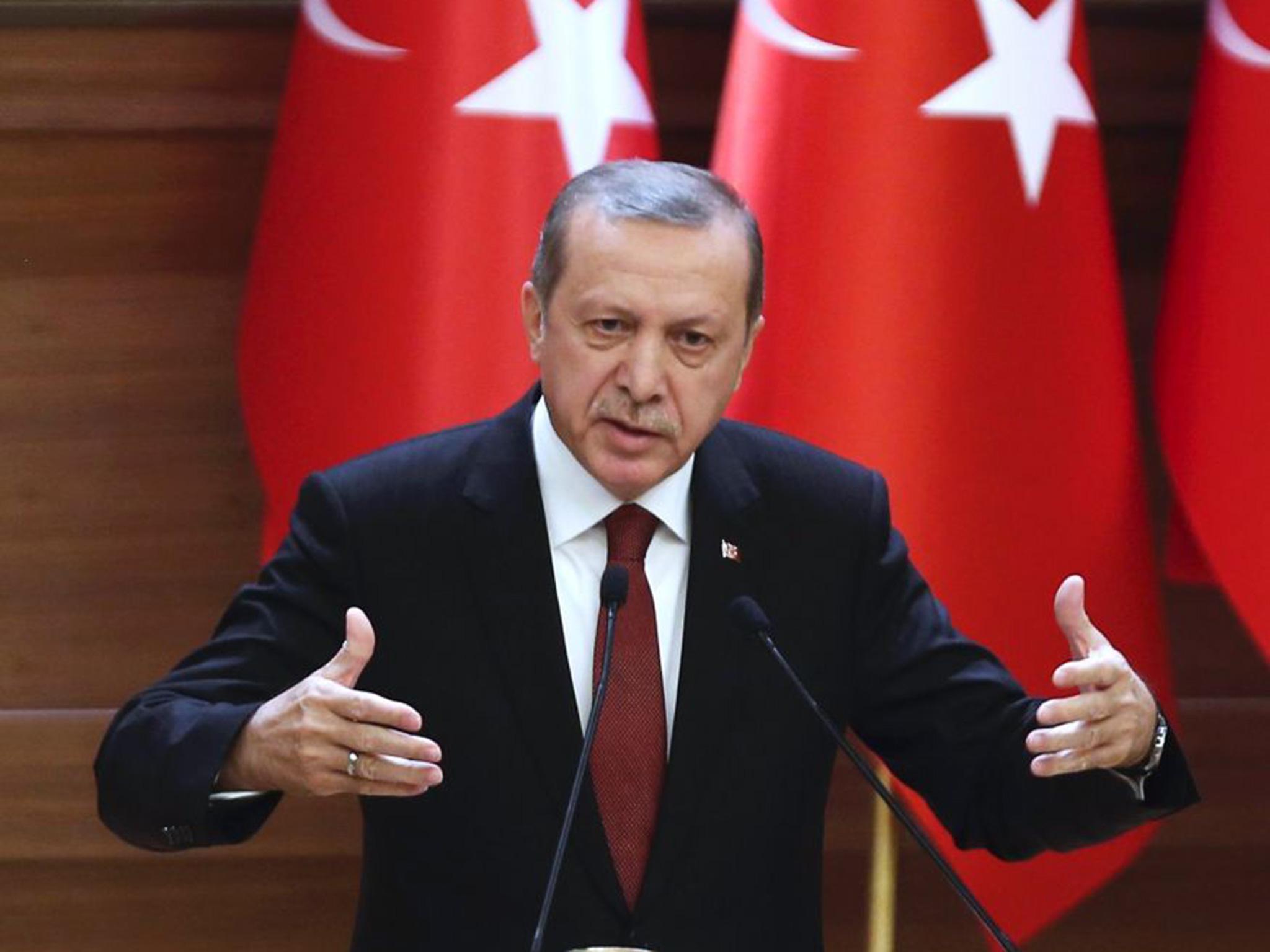 Erdoganov vojni udar