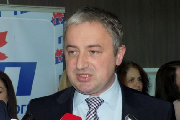 Photo of Borenović se žalio Tusku na Dodika