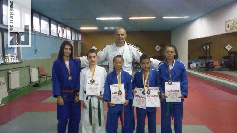 Photo of Na džudo turniru šest medalja