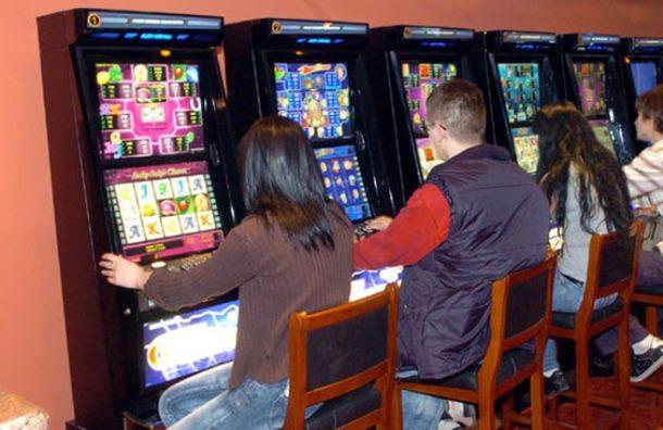 Ilegalno kockanje na tri lokacije u Bijeljini i Zvorniku