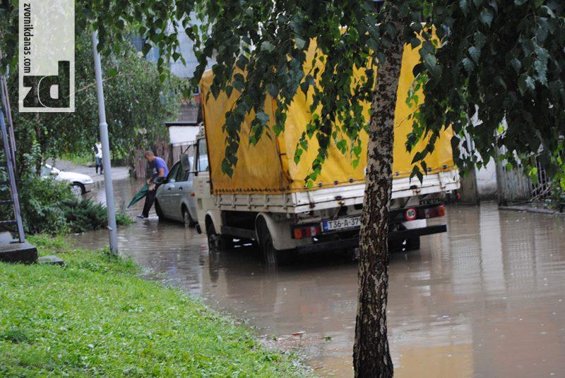 Photo of Nije bilo štete od nevremena niti izlivanja bujičnih potoka i rijeka (foto)