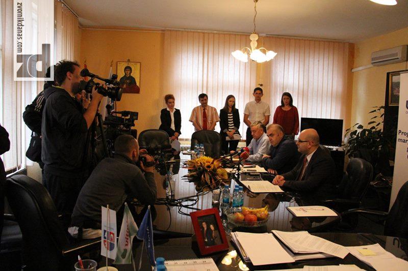 Photo of Gradonačelnik poptisao Ugovor o dodjeli granta