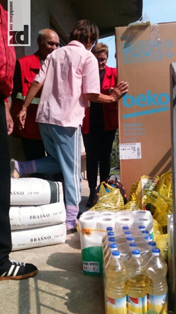 Photo of Kroz akcije Crvenog krsta pomoć za dvije porodice