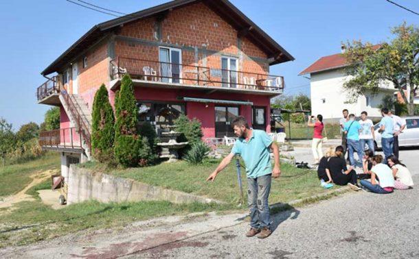 Photo of Detalji tradegije u Prnjavoru: Sin sanjao da će mu otac ubiti majku
