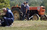 Tragedija u Mirkovcu kod Kozarske Dubice: Otimali se za volan traktor pa zgazili komšiju