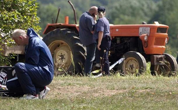 Photo of Tragedija u Mirkovcu kod Kozarske Dubice: Otimali se za volan traktor pa zgazili komšiju