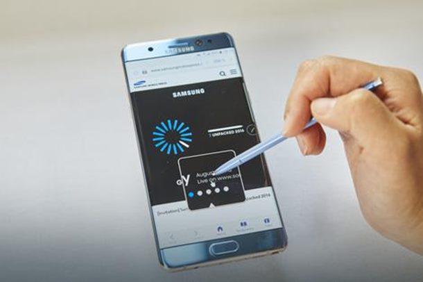 Ako imate ovaj telefon isključite ga odmah!