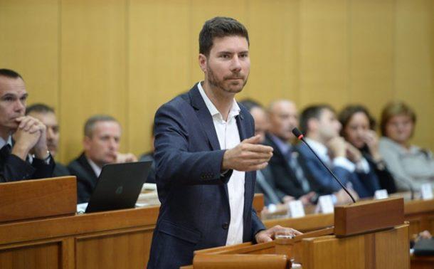 Pernar: Hrvati nisu otjerali Srbe iz Krajine, sami su otišli (video)