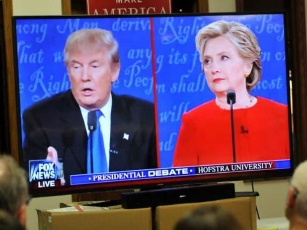 Anketa: Klintonova vodi za 12 odsto u odnosu na Trampa