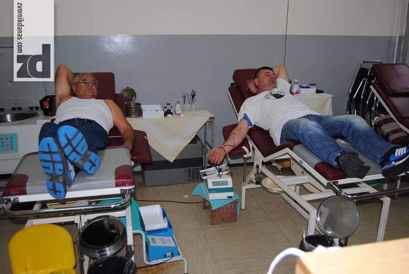Photo of Demobilisani borci darovali krv