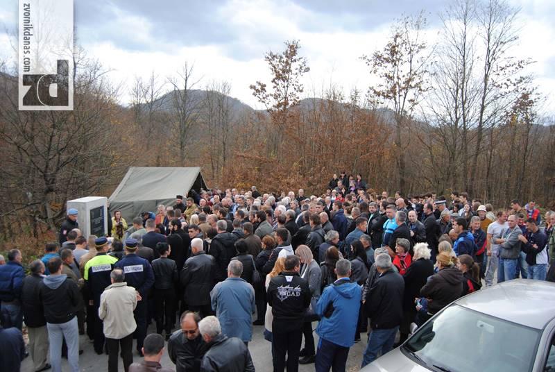 Photo of Obilježene 24 godine od ubistva 126 srpskih boraca