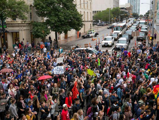 Photo of Radnici izašli na ulice širom Amerike
