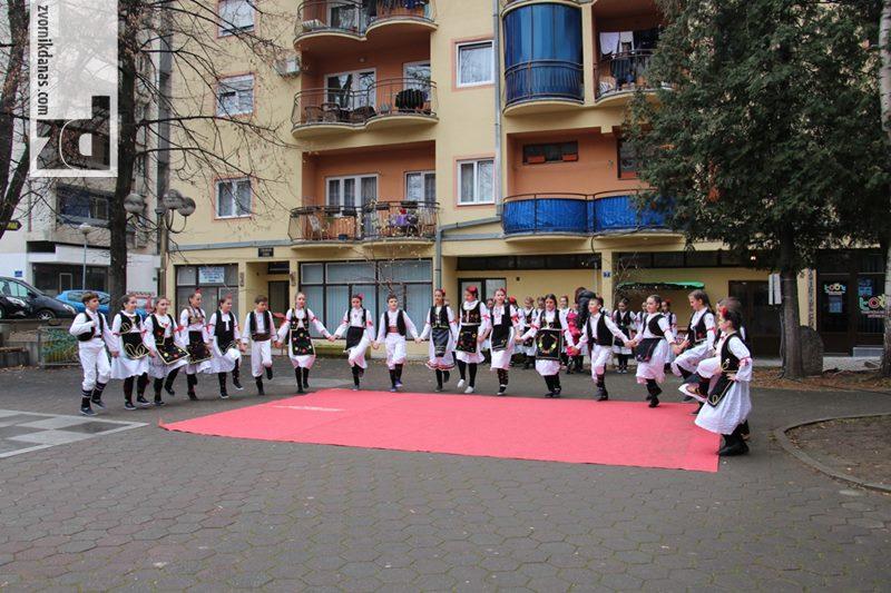 """Photo of KUD """"Sveti Sava"""" nastupio u okviru """"Zimske tržnice"""" (foto)"""