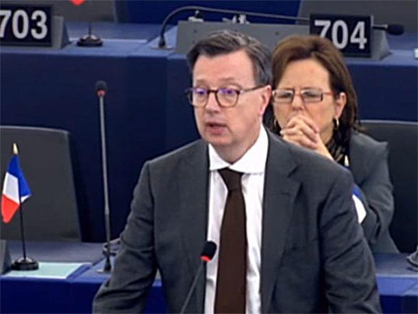 Photo of Ferand: Srpsku podržati u odbrani identiteta