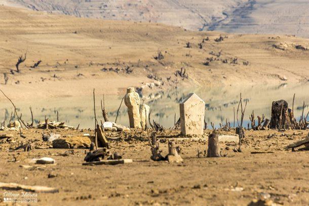 Iz Ramskog jezera izronili ostaci kuća i grobovi (video)