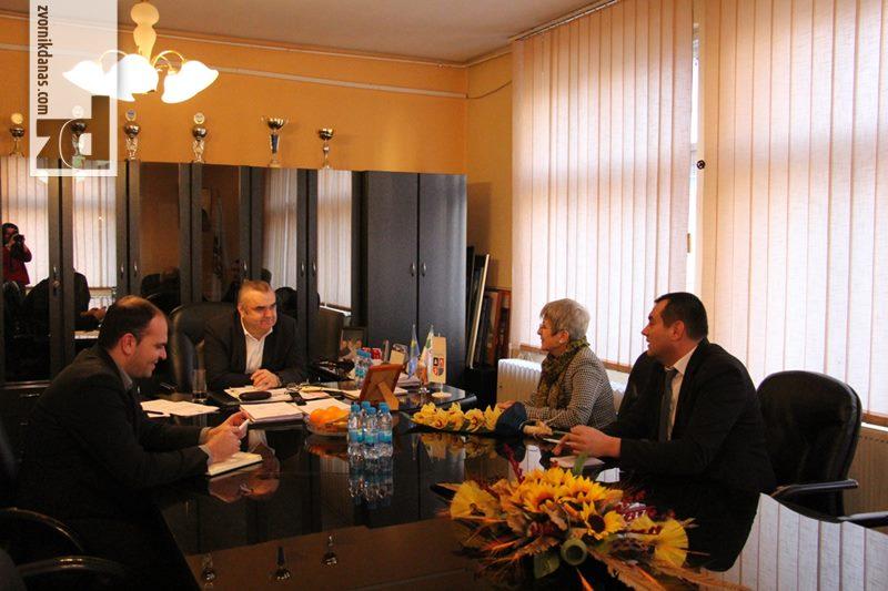 Photo of Sastanak gradonačelnika Stevanovića i ambasadora Republike Bugarske u BiH