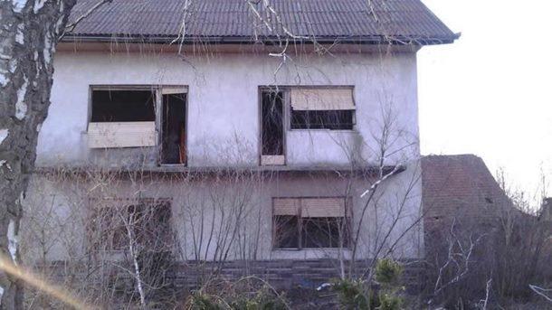 """Photo of Ukleto selo: Umiru samo oni muškarci s imenom na """"S"""""""