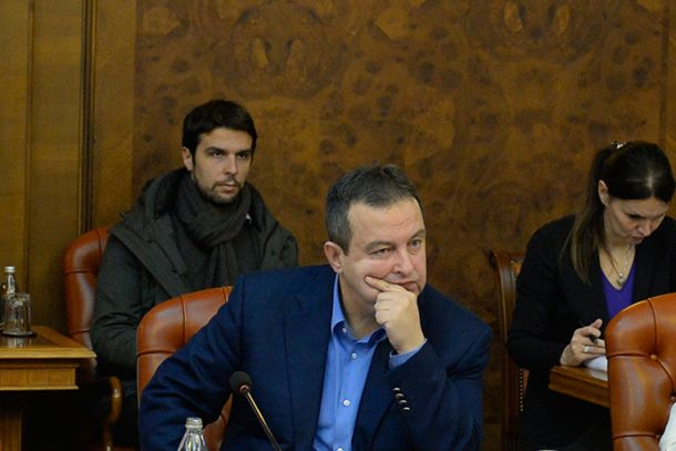 Photo of Dačić započeo čistku u SPS-u zbog protesta