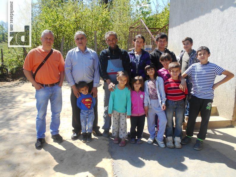 Pokloni Dječijeg vrtića porodici Vujević