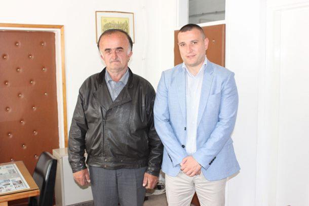 Photo of Dobio 500 KM jer je vratio 15.000 evra nađenih u starom dušeku