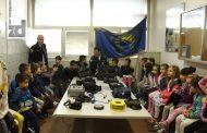 Mališani posjetili Graničnu policiju u Karakaju